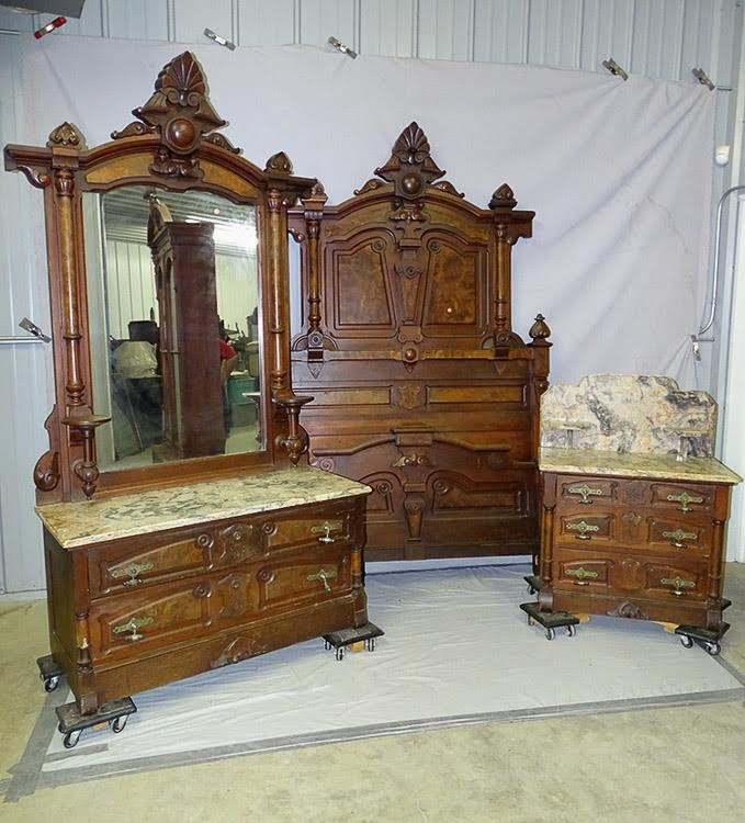 NJ Antique Bed Furniture - NJ Antique Bed Furniture - Mill House Antiques, NJ